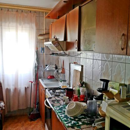Vanzare apartament 3 camere 54 m in Iasi zona Moldo mobila