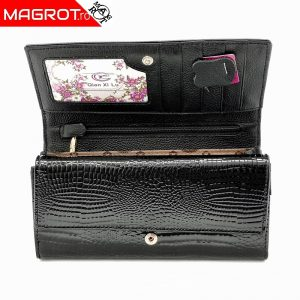 Portofel dama din piele naturala lacuita pentru dama negru, este original Qian Xi lu, este un portofel modern si elegant care poate fi purtat zi de zi