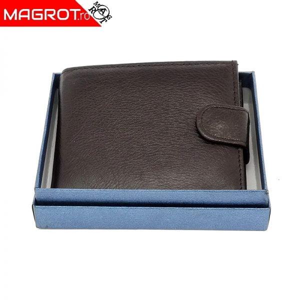Portofel 1008A coffee din piele, ideal de purtat zi de zi rezistent si incapator.. Un cadou minunat oferit celor dragi. Vezi oferta